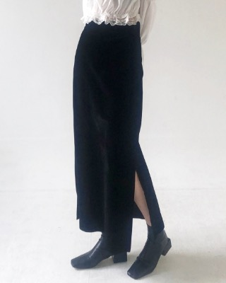 city velvet slit skirt