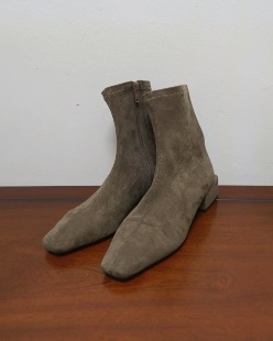 suede socks boots, brown